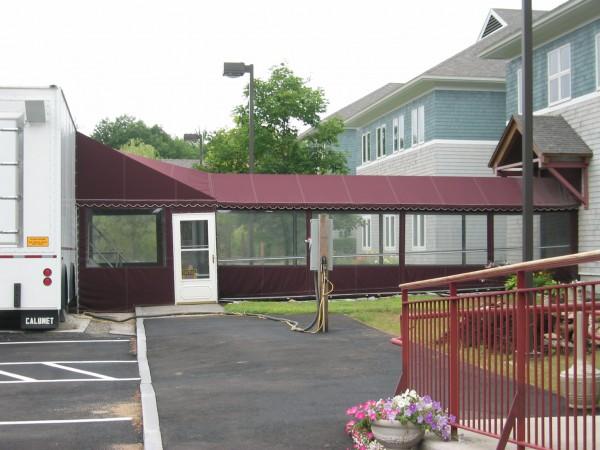 Leavitt & Parris curtain for building walkway