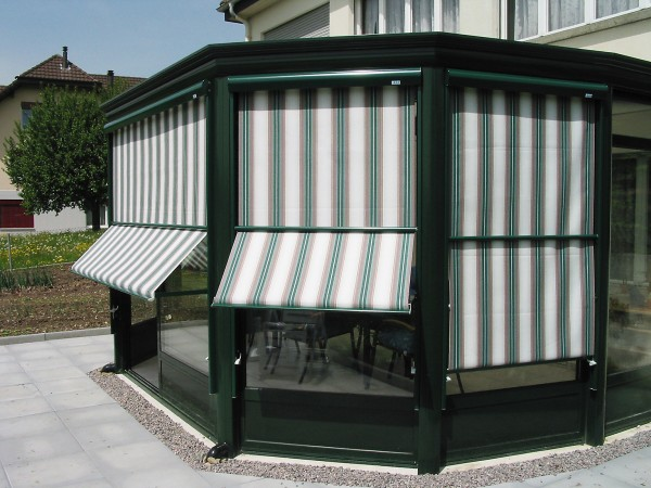 Retractable awning from Leavitt & Parris