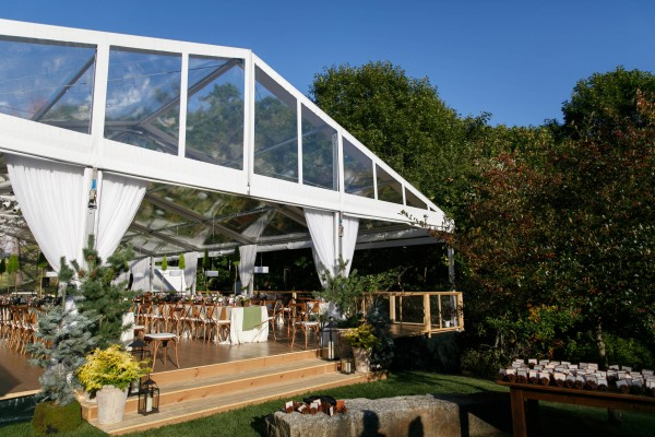 Tent and set up for Kennebunkport, Maine wedding at Hidden Pond